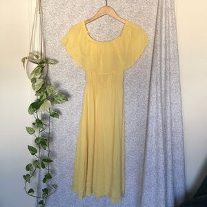 NWT! Charles Henry yellow off shoulder sundress